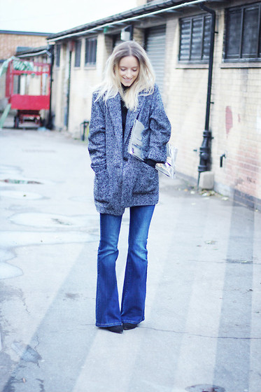 THEFASHIONGUITAR - - Mango Coat, H&M Jumper, H&M Candy Clutch, James Jeans Flares, Isabel Marant Boots - FLARES AGAIN