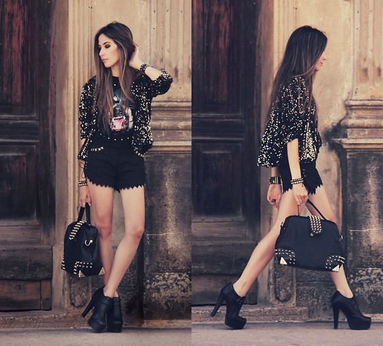 Flávia Desgranges van der Linden - Morena Raiz Shorts, Choies T Shirt, Asos Shoes - Black is the new black