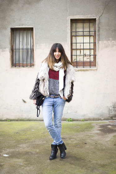 Henar Vicente - Zara Skirt - WHITE / RED / WHITE | LOOKBOOK