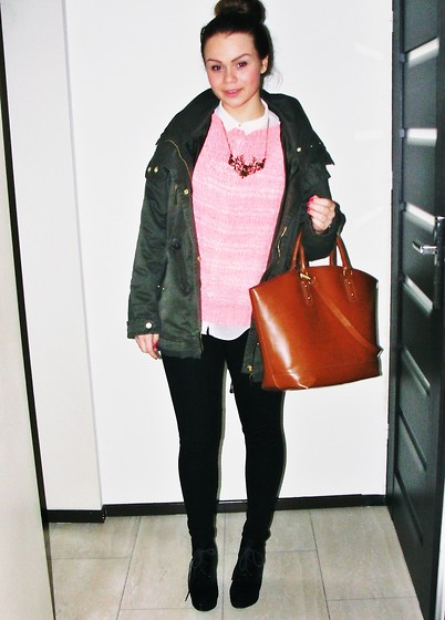 Olivia Dembowska - Zara Shirt, Carry Neckels, Primark Sweater, Bershka Jacket, Zara Bag, Zara Leggings, Deezee.Pl Shoes - Casual