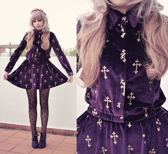 Andrea Ladstätter - Lunatic Blue Velvet Violet Cross Dress, Topshop Black Cross Stockings, Janilyn Purple Victorian Style Booties - Velvet Crosses