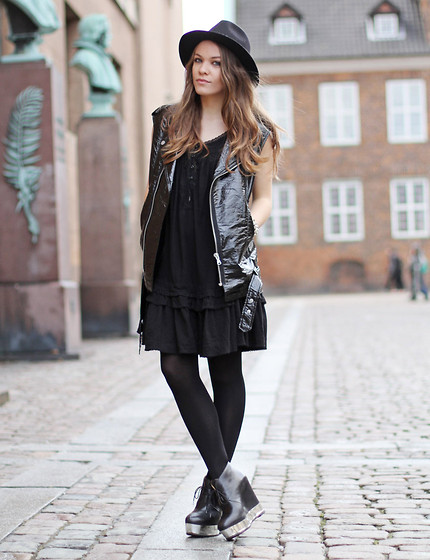 Stine Mo - Zara Hat, Gina Tricot Vest, Indiska Dress, Acne Studios Wedges - Get out of my head