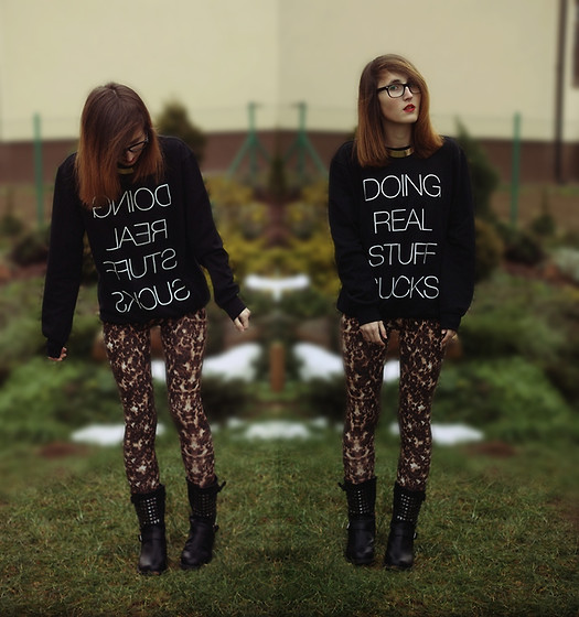 Justyna Rybak - Local Heroes Sweatshirt, New Look Leggins, Boots, H&M Necklace - Hazy shade of winter