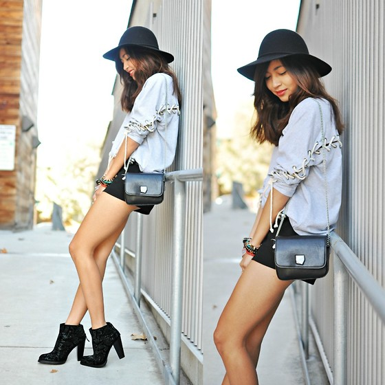 Heliely Bermudez - Solemio Lace Case Tee, Zara Stone Messenger Bag, Zara Patent High Heel Ankle Boot - Something New