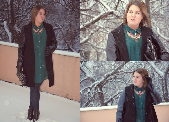 Judit Gergely - Zara Bird Necklace, F&F Coat, H&M Jeggings, H&M Blouse - Leather and Winter