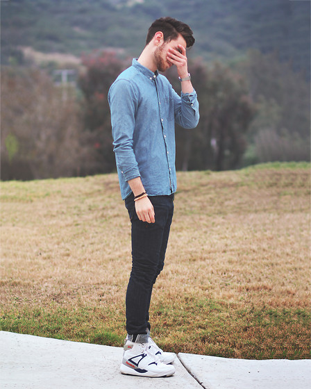 "Edward Honaker - H&M Shirt, Kasil Jeans, Reebok Shoes - ""stop asking how I do my hair"""