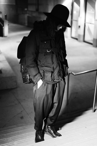 Shui Tsang - Number (N)Ine Preacher, Thom Browne Flip Up, Rick Owens Double Layer, Bbs Cotton, Dior Homme Backpack, Number (N)Ine Pocket Down Bomber, Yyph Wool Gab, Rick Owens Combat - 141112