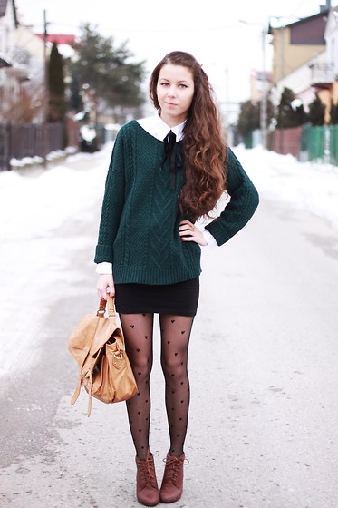 Paulina Rutkowska - H&M Skirt, Pull & Bear Sweater - Only love can break your heart