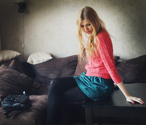 Zuzi * - Pink Sweater, H&M Puffy Skirt - Changes are inspiring