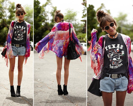 Annabel Wendt - Somedays Lovin' Mystics Tie Dye Dream Coat, American Apparel Boyfriend Short, Dr. Martens Vintage Doc, American Apparel Eyewear, Vintage Texas Tee, Wittner Ohau Boot, Minkpink Accessories Bag - Texas