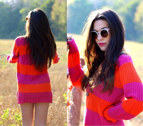 Natalie C - Planet Gold Striped Oversized Sweater, Urban Outfitters Amethyst Necklace, Gojane.Com Retro Sunnies - Sherbert