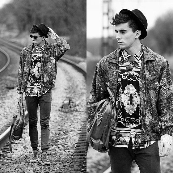 Clément Lasserre - Choies Baroque Shirt, Zerouv Retro/Vintage Sunglasses, Modekungen Bag - Black and White Travel