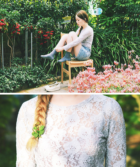 Autumn Kim - Phila Petra Light Grey Lace Top - Greenhouse