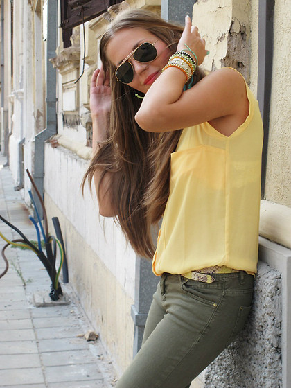 Super Gril - Pull & Bear Pull&Bear, Ray Ban Ray Ban - Song for today
