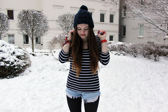 Natascha C - H&M Stripy Shirt, Levi's® Levi Shorts, Primarni Woolly Hat - How do you say goodbye when you've hardly said hello?