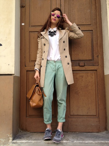 Patricia G. - Nike Sneakers, Armand Basi Pants, Zara Trench, Carrera Sunglasses - New mirror mirror