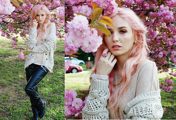 Audrey Kitching - All Saints, Japan, H&M, Dolce Vita - Cherry Blossom