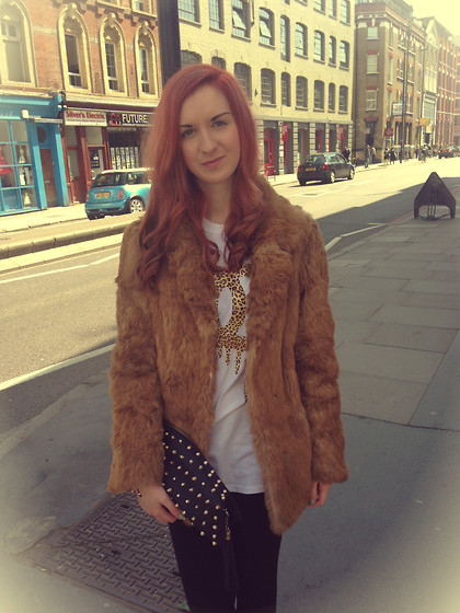 Roxii Hoare-Smith - Vintage Jacket, Ebay Top, Primark Clutch, Select Leggings - Brick Lane