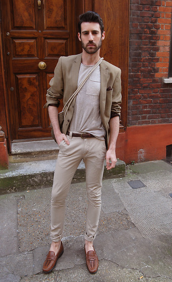 Adrian Cano - Blazer, T Shirt, Chinos, Shoes - Mmmm... let's say at 7.30 pm? Fournier St?