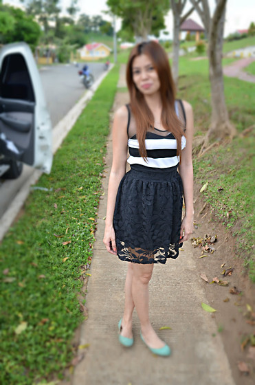 "Liz Verdad - Striped And Lacey Dress, Primadonna Doll Shoes - Your ""Girl Next Door"""