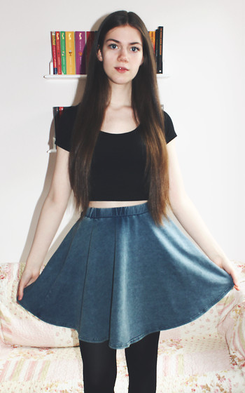 Lois H - New Look Crop Top, New Look Skater Skirt - Valley of the Dolls