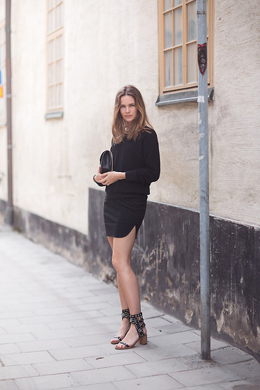 Caroline B - Isabel Marant Sandals, Valentino Bag, Filippa K Skirt, Filippa K Knit - All black