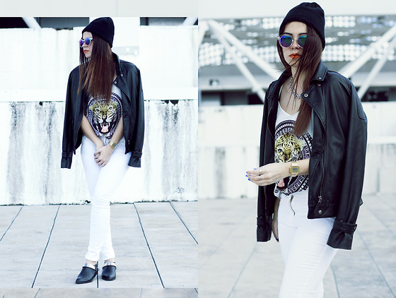 Inês M - H&M Top, H&M White Jeans, Jeffrey Campbell Shoes, H&M Sunglasses - Raw