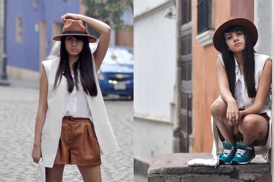 Jennifer Aranda - H&M Hat, Zara White Vest, Zara Leather Shorts, New Balance Sneakers - Found a new balance
