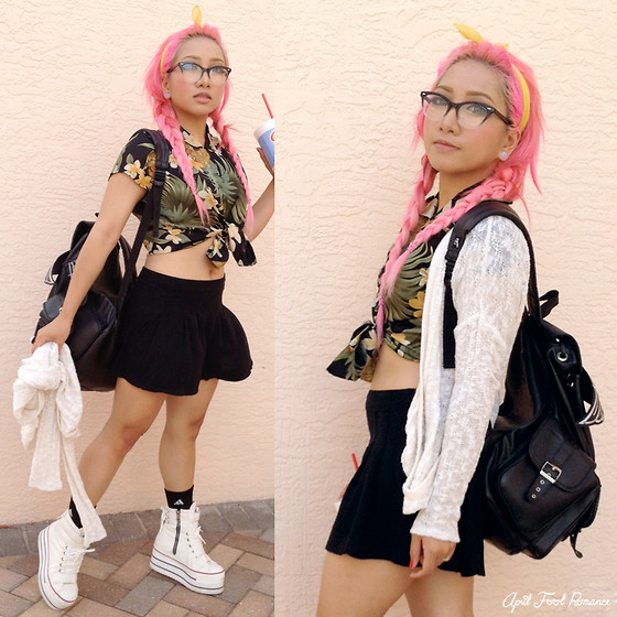 Rina H - Lost Mannequin Black Winged Backpack, Maxstar Store Platform Sneakers - I Like Pineapples