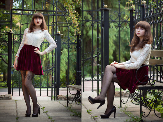 Helena Ivanova - Lace Blouse, Skirt, Tights, Heels - Coffee in The Green Garden