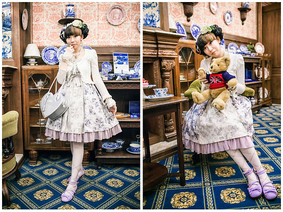 Zairai Chen - Jane Marple Crownemb Bag, Innocent World White Cardigans, Victorian Maiden Flower Tulle Rococo Op, Juliette Et Justine Lace Up Ribbon Print Tights, Angelic Pretty Tea Party Shoes, Kobe Day By Flower Hair Clip, Made By Friend White Lace Cuffs, Jesus Diamante Crown Necklace, Duras Crystal Earrings, Pearl Watch - Rococo Flower Crown