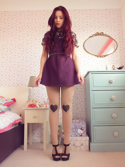Amelia Breading - Candy Couture Pinafore Dress, Charity Shop Lace Shirt, Missguided Heart Knee Tights - You played the martyr