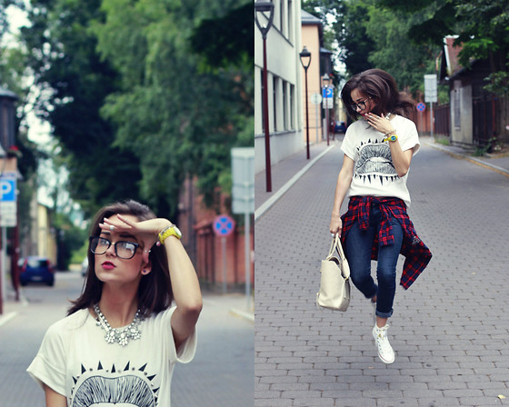 RUTA GYVYTE -  - KIND OF HIPSTER