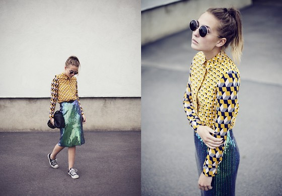 Bea Hansson - H&M Shirt, H&M Skirt, Alexander Wang Bag, H&M Glasses - GRAY SCALE