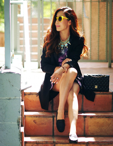 Ariadna M. - Bershka Cream Lace Bodysuit, Vj Style Pink