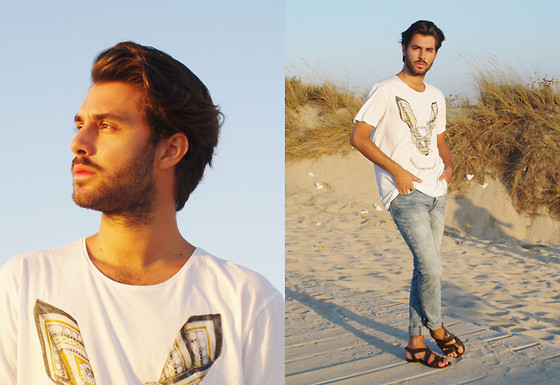 JJ Reyes - Zara T Shirt, H&M Jeans, Mango Sandals - A Walk On The Beach