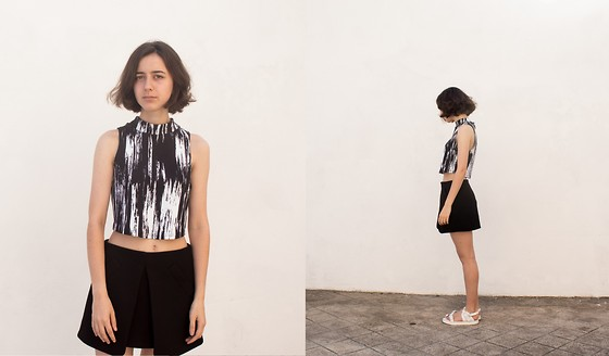 Filipa F. - Urban Outfitters Crop Top, Zara Skirt, Zara Sandals - Cracked