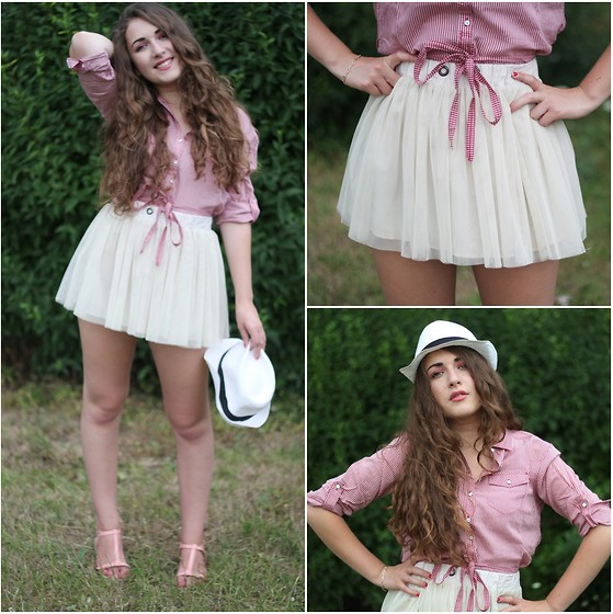 Axelle et ses caprices - Bershka Jupe En Tulle, Levi's® Chemise à Rayures Rose, Mango Sandales - Countryside