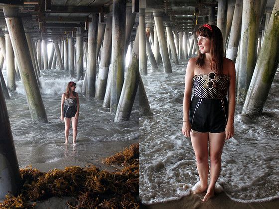 Jamie Shields - Betsey Johnson Swimsuit, American Vintage Shorts - Life's a Beach