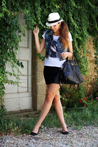 Christine R Ray Ban Aviators Zara Shirt Cos Bag Zara
