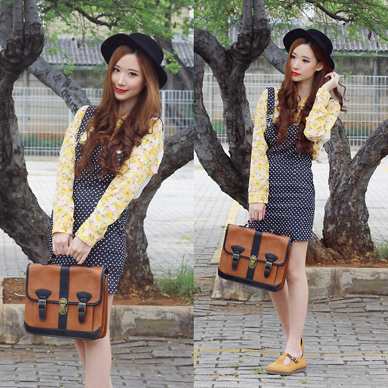 Elle Yamada - Floral Print Top, Gowigasa Polka Dot Pinafore, Amble Shoes - Vintage Playdate