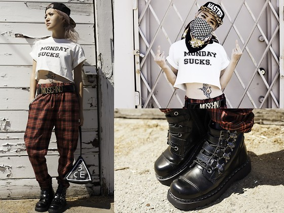 Eugénie Grey - Fig&Viper Monday Sucks, Alyssmn Mess Hall Pants, Beauty Forever Nastier Exclusive Snapback, T.U.K. Skull And Crossbones Boots, Choies Bag - FUCK MONDAYS