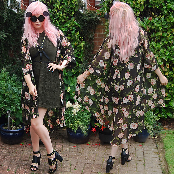 Hannah Cheadle - Charmday88   Ebay Flip Sunglasses, Asos Leather And Stud Harness, Topshop Fine Pleated And Ruffled Khaki Dress, River Island Leather Sandals, Forever 21 Floral Rose Kimono - FLIP/ROSES/STUDS