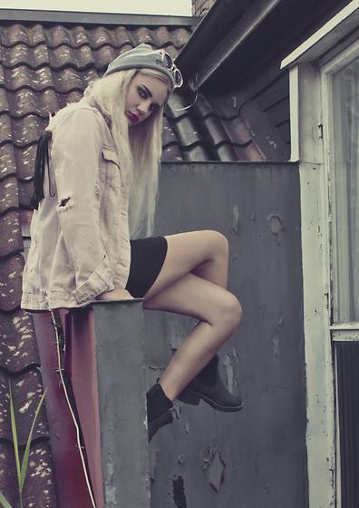 Jenn P Sheinside Crochet Shorts Complot Dress Worn As A