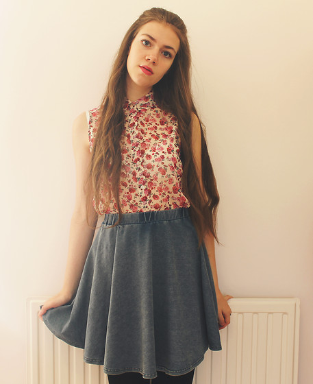 Lois H - New Look Floral Blouse, New Look Skater Skirt - Write your name across my heart ♡