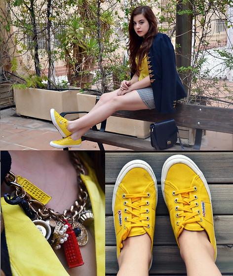 Ana Ferrandis - - Yellow superga   LOOKBOOK