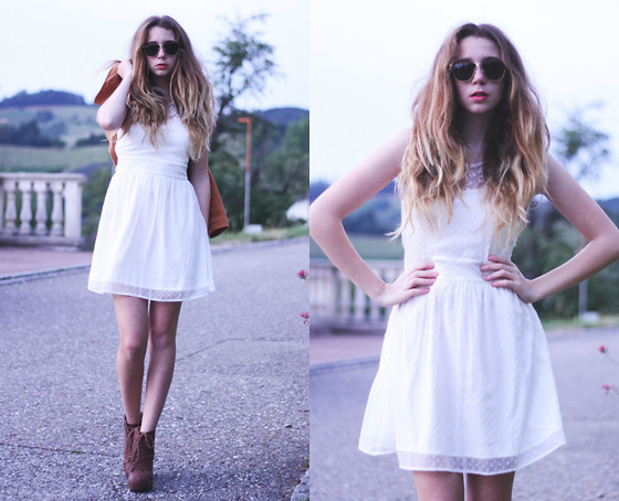 Francesca S - Ray Ban Clubmaster, Vero Moda Dress - Good girl gone bad.