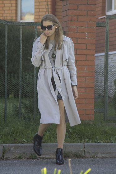 "Daria Rozina - Asos White - 50 SHADES OF ""THE RIGHT KIND OF LIGHT"""