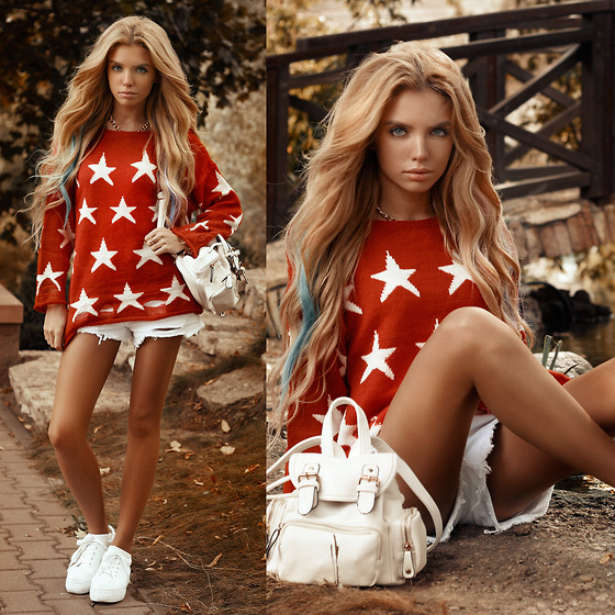 Ekaterina Normalnaya - Choies Stars Sweater, Sheinside Ripped Shorts, Chic Wish White Backpack - My sweater with stars such color as Mars