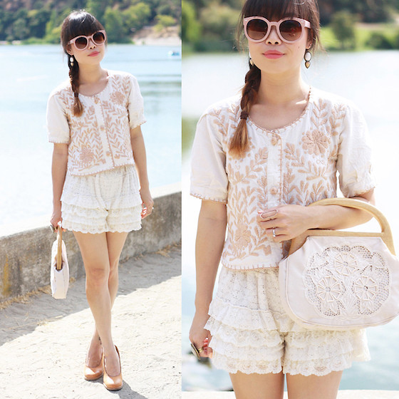 Toshiko S. - Zerouv Sunglasses, Samantha Wills Aaliyah Earrings, Height Of Vintage Embroidered Blouse, Hong Kong Frilly Lace Shorts, Samantha Wills Bohemian Bardot Ring, Vintage Crochet Bag, Swedish Hasbeens Natural Leather Pumps - Delicate Flair